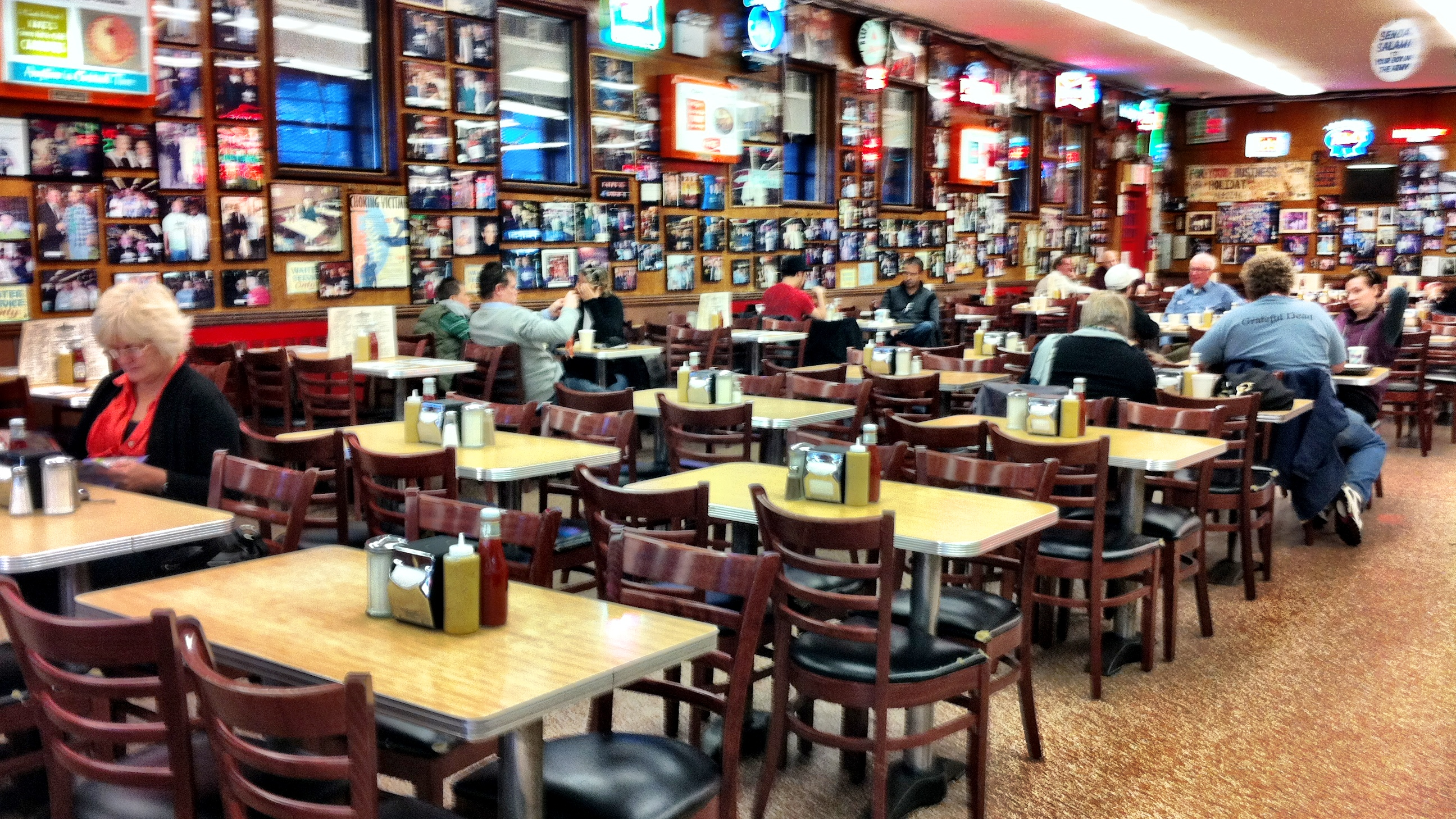 dining 101 [new york]: katz's deli | carrie lee [ c a r i ]